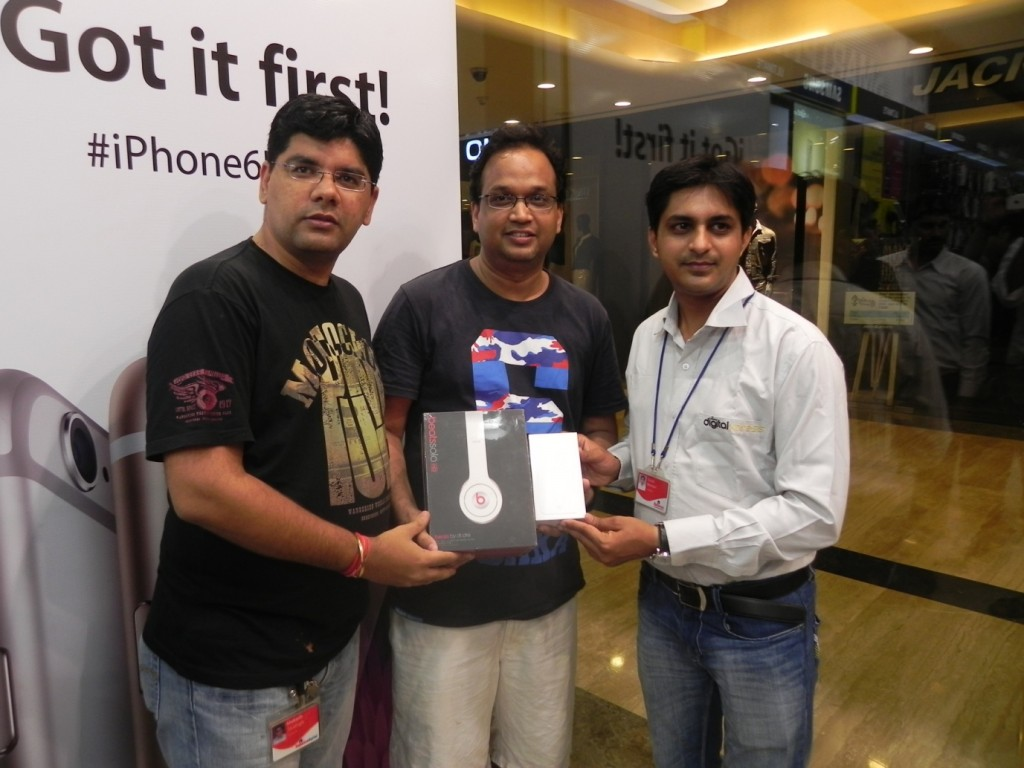 beats audio sale iPhone Midnight Sale in India
