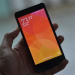 Xiaomi Redmi 2 In hands